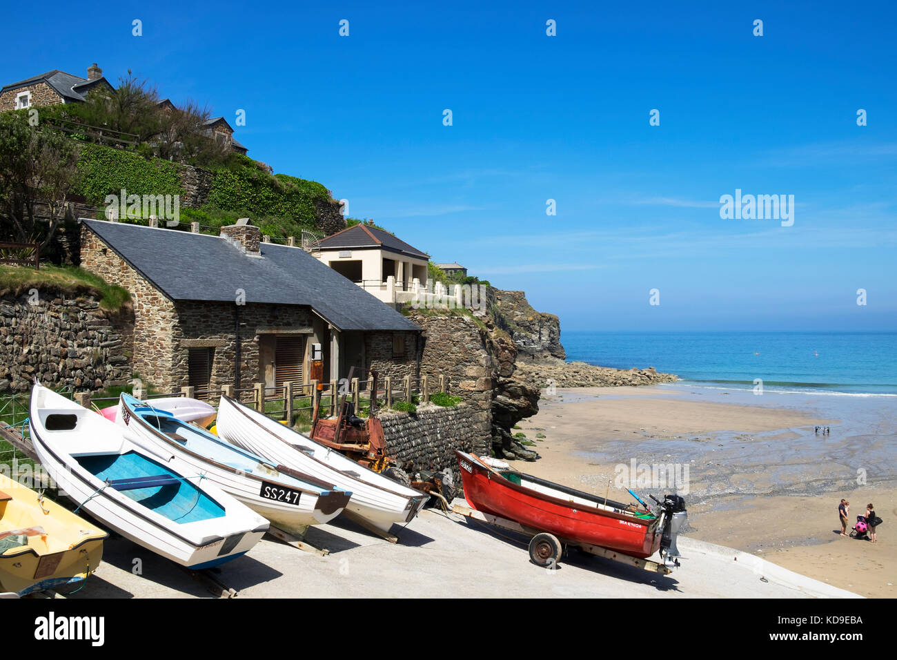 fishing boats on the slipway at trevaunance cove, st.agnes, cornwall, england, uk. - Stock Image