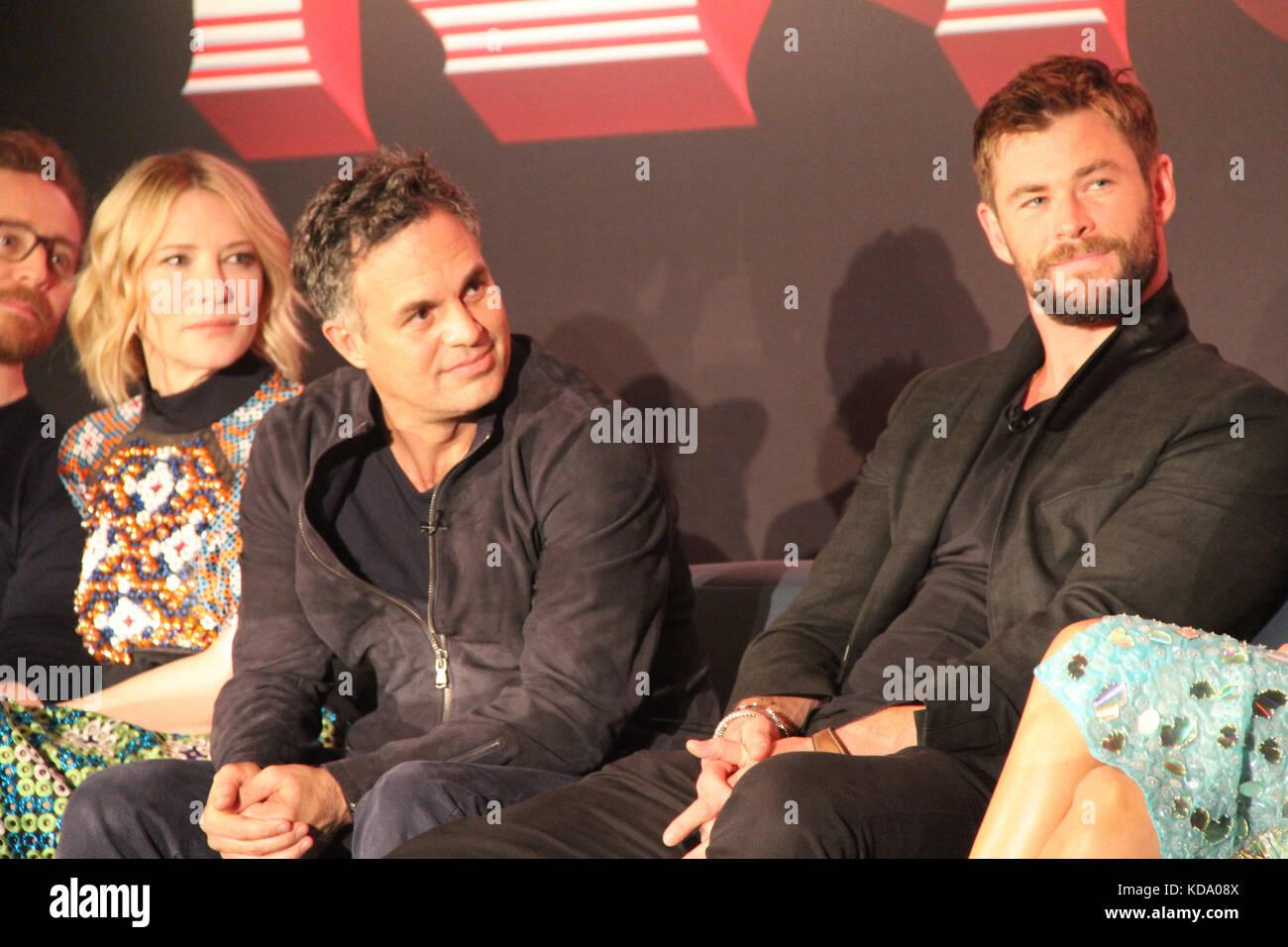 Los Angeles, USA. 11th Oct, 2017. Cate Blanchett, Mark Ruffalo, Chris Hemsworth 10/11/2017 ?gThor: Ragnarok?h Press - Stock Image