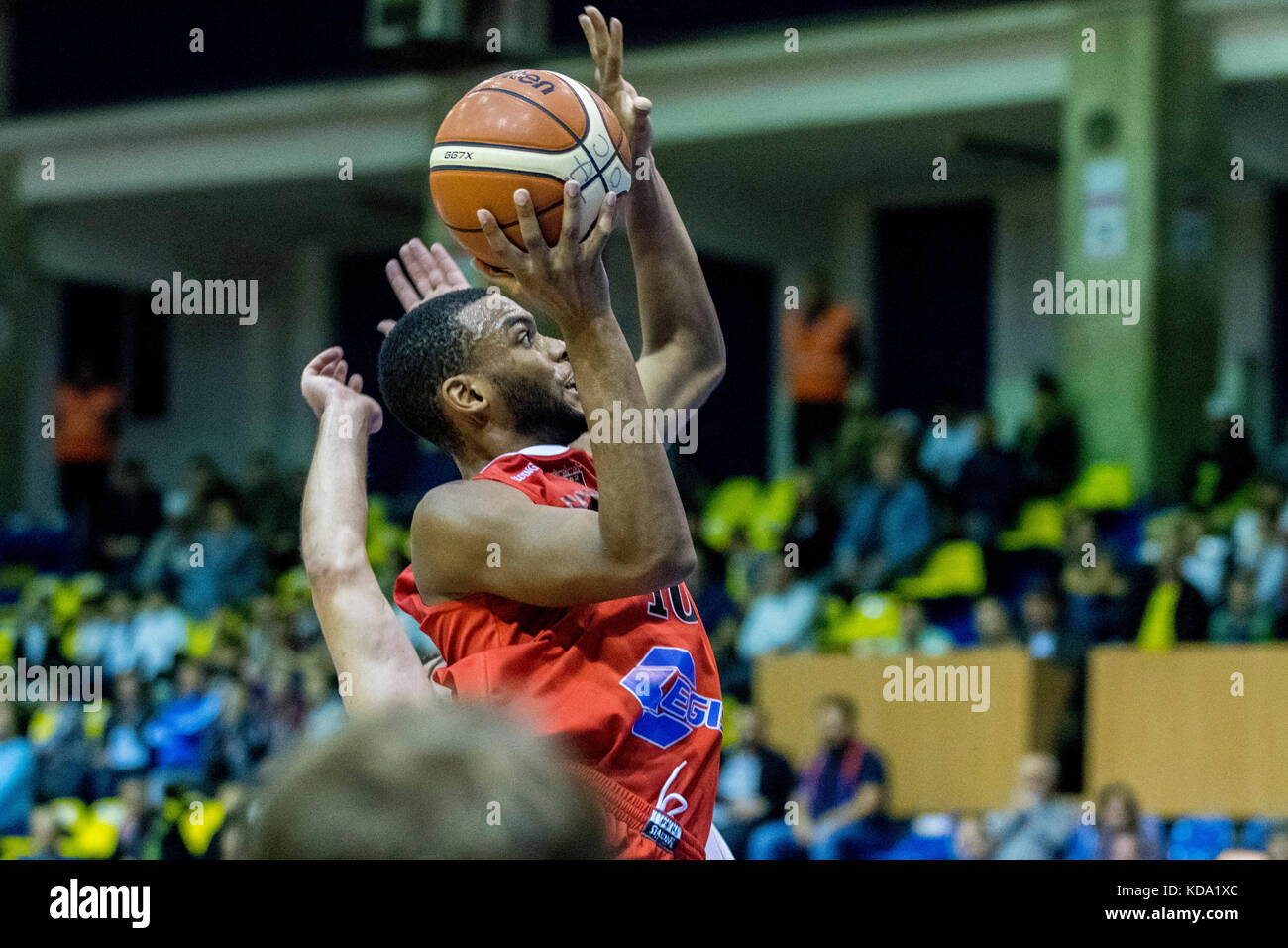 October 11, 2017: Andre Hollins #10 (Egis Kormend)   during the FIBA Europe Cup 2017-2018, game between Steaua CSM - Stock Image