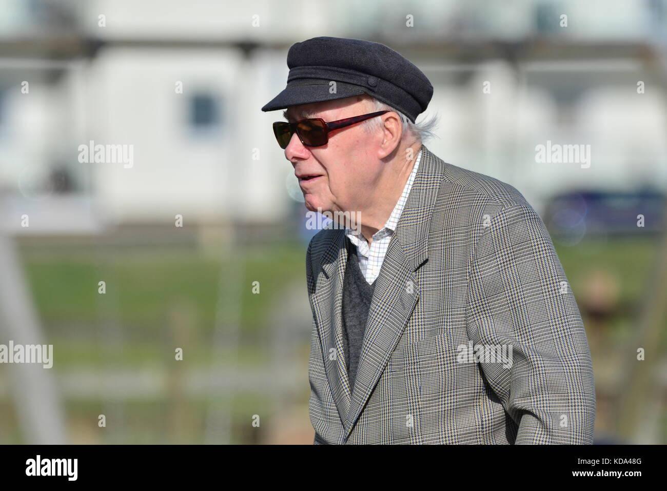 Old Man Wearing Flat Cap Stock Photos   Old Man Wearing Flat Cap ... 81ae61567ba