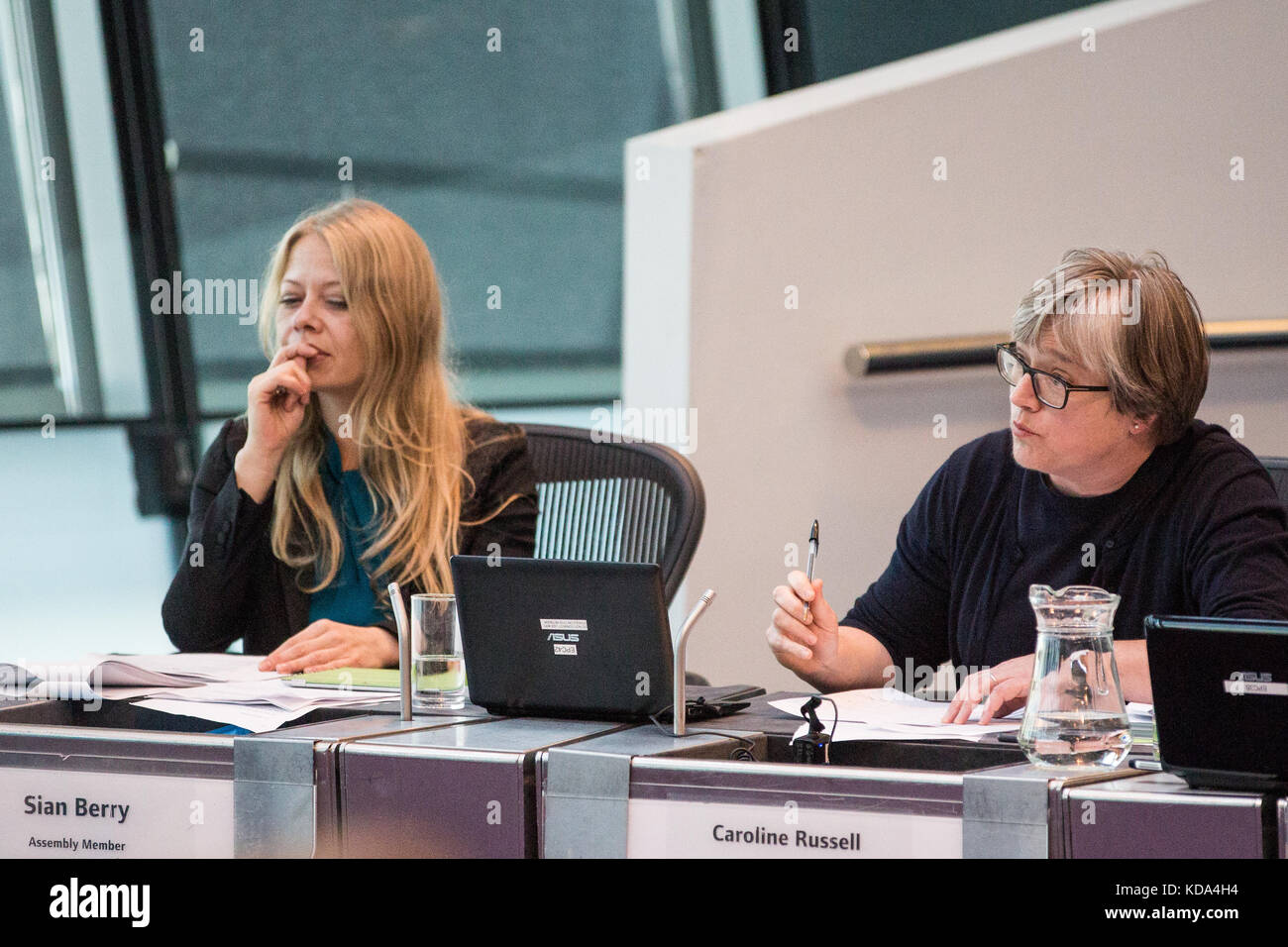 London, UK. 12th Oct, 2017. Caroline Russell, Green London Assembly Member, puts a question for Bessemer Grange - Stock Image