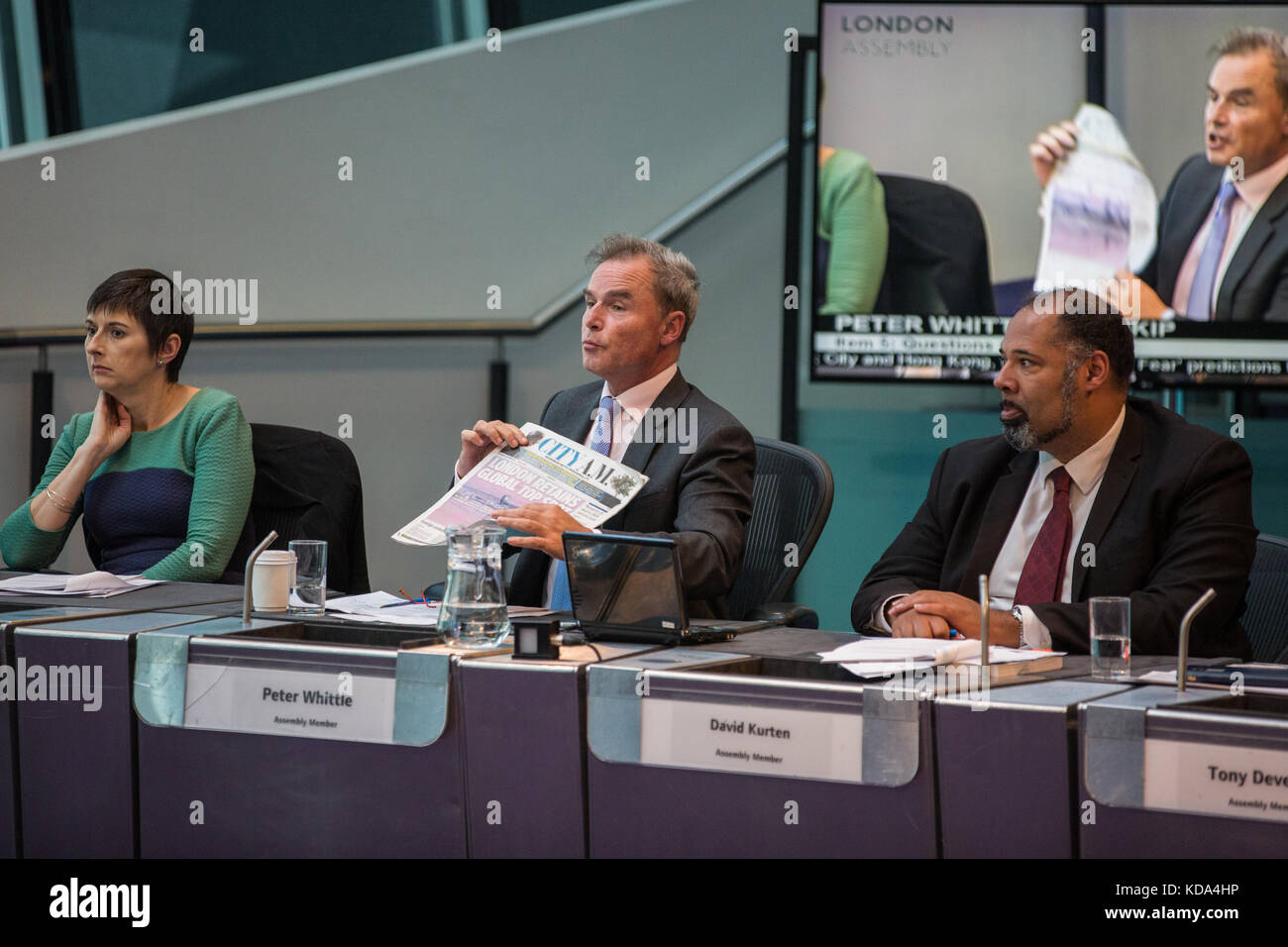 London, UK. 12th Oct, 2017. Peter Whittle, UKIP London Assembly Member, puts a question regarding Brexit to Mayor - Stock Image