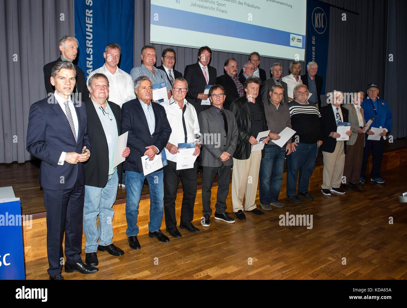 Karlsruhe Nereut, Deutschland. 12th Oct, 2017. Ehrungen der langjaehrigen KSC-Mitglieder. GES/ Fussball/ 3. Liga: - Stock Image