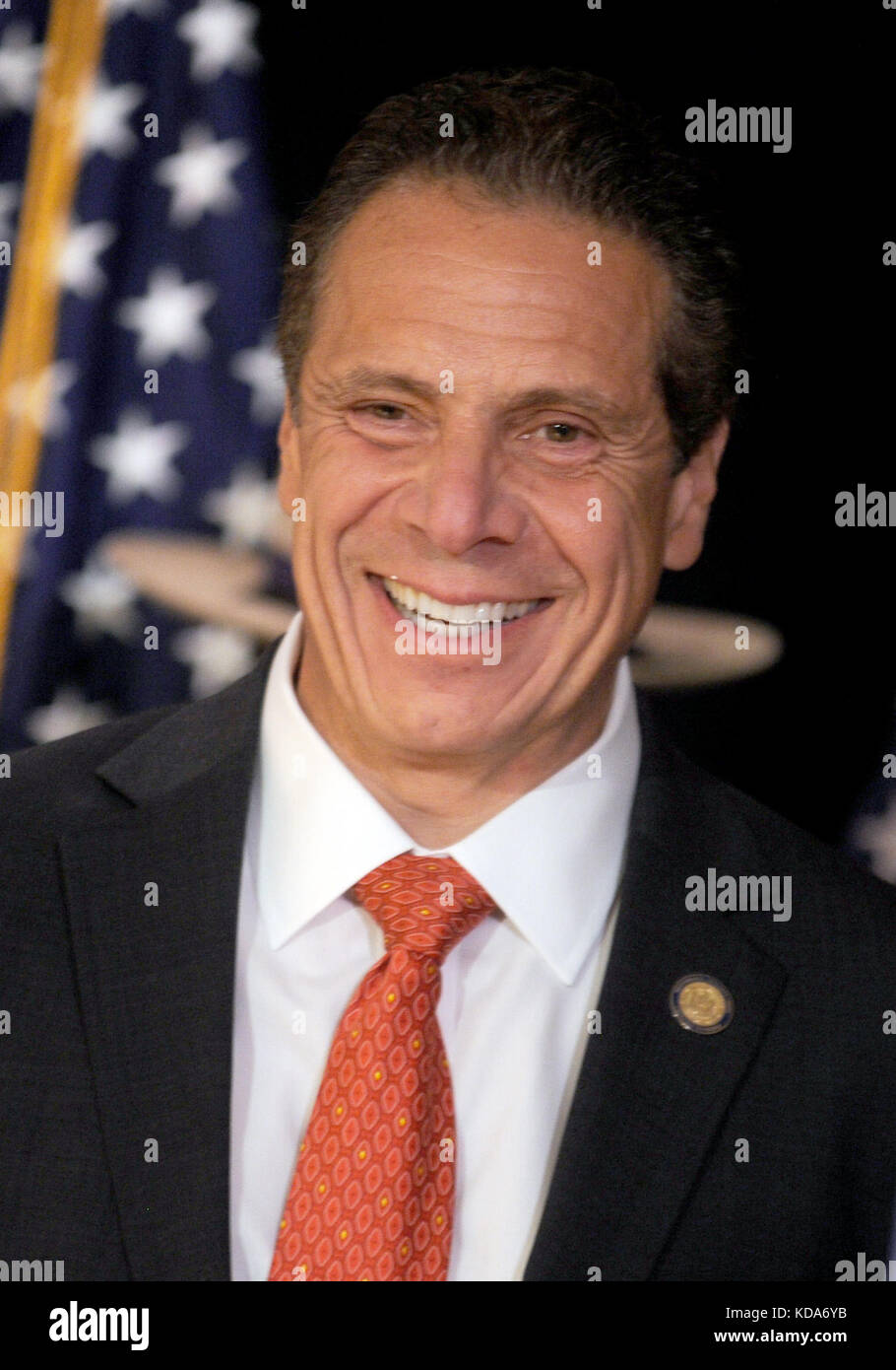 Staten Island, NY, USA. 12th Oct, 2017. NY Governor Andrew Cuomo announces support for a new bill that would categorize - Stock Image