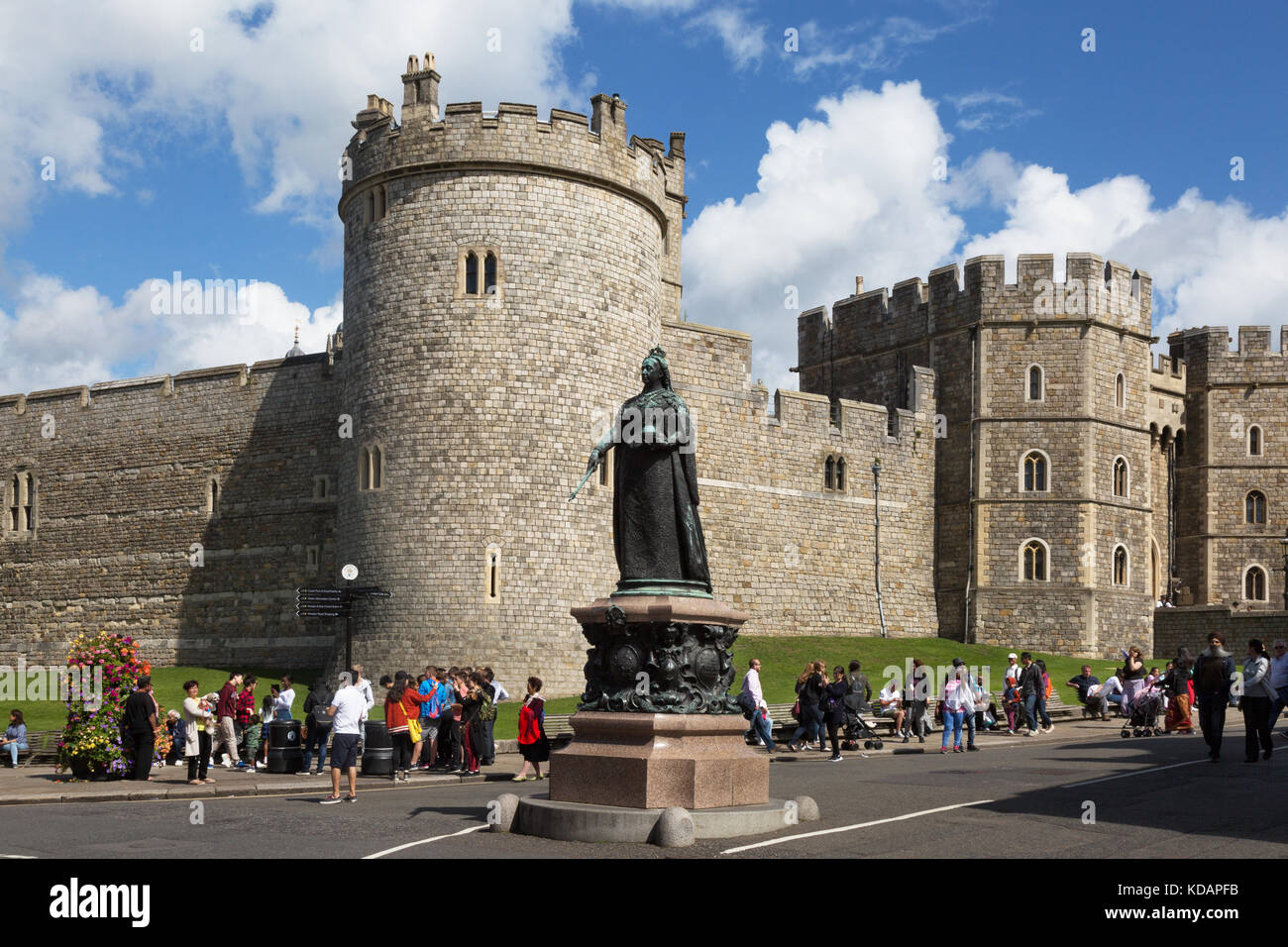 Windsor Castle and statue of Queen Victoria, Windsor, Berkshire UK - Stock Image