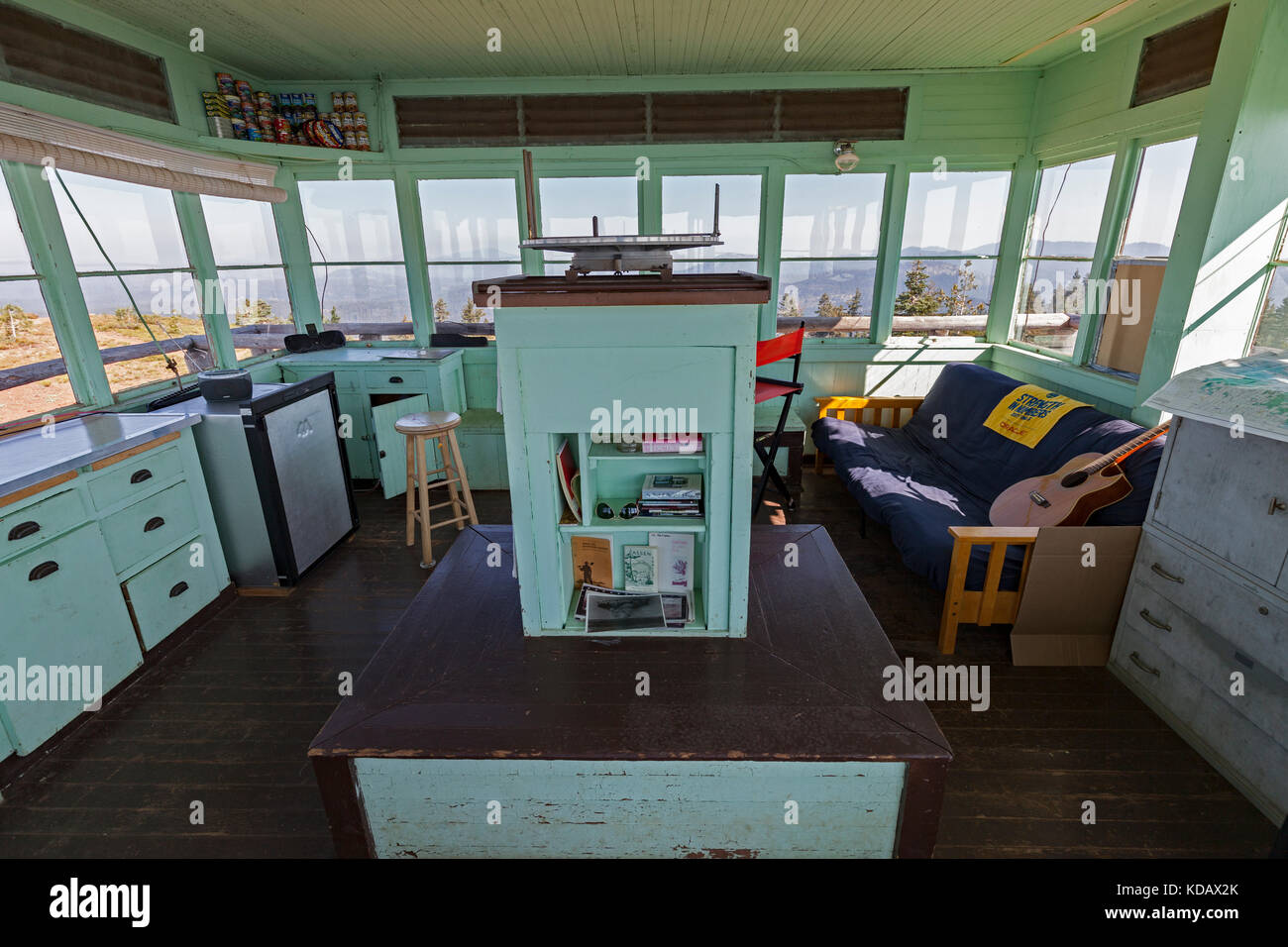 The interior of the Mt. Harkness fire lookout station atop Mt. Harkness in Lassen Volcanic National Park. - Stock Image
