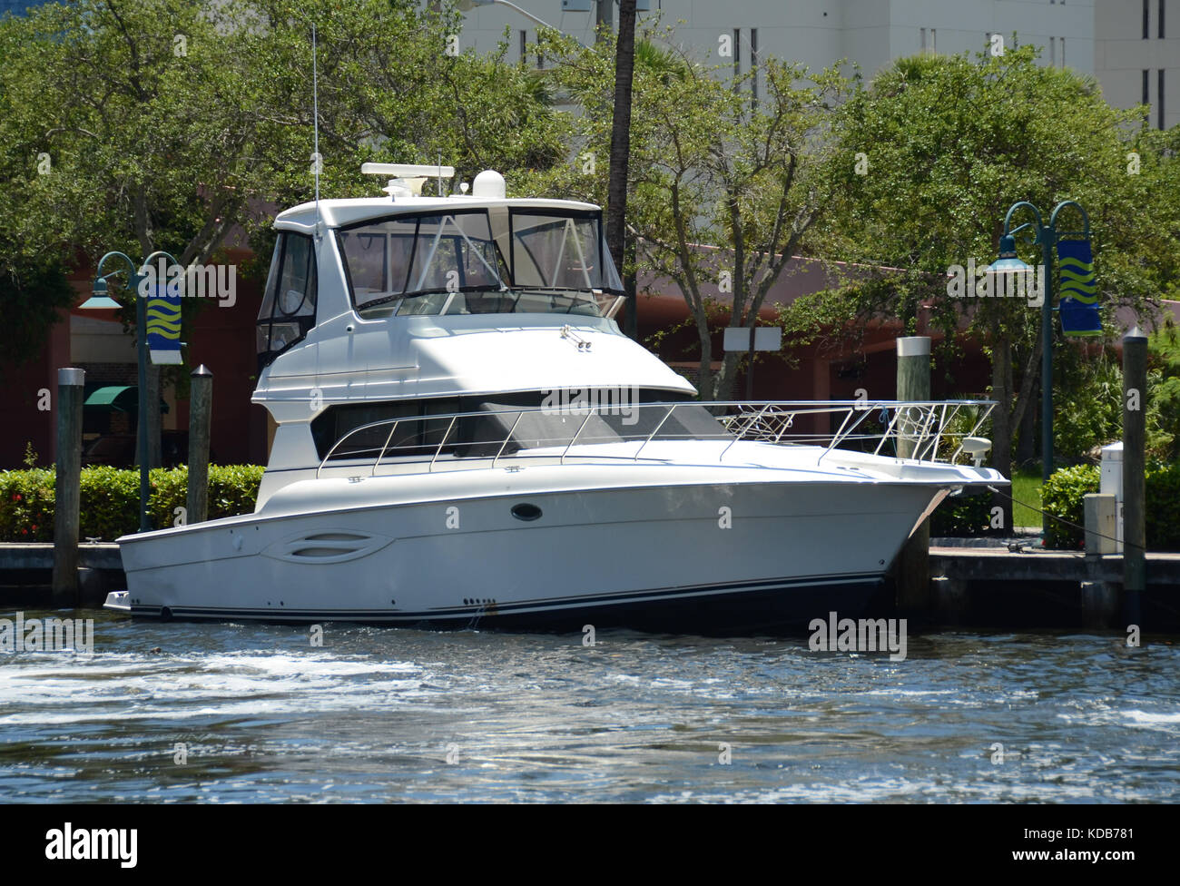 Private yacht on a South Florida waterway - Stock Image