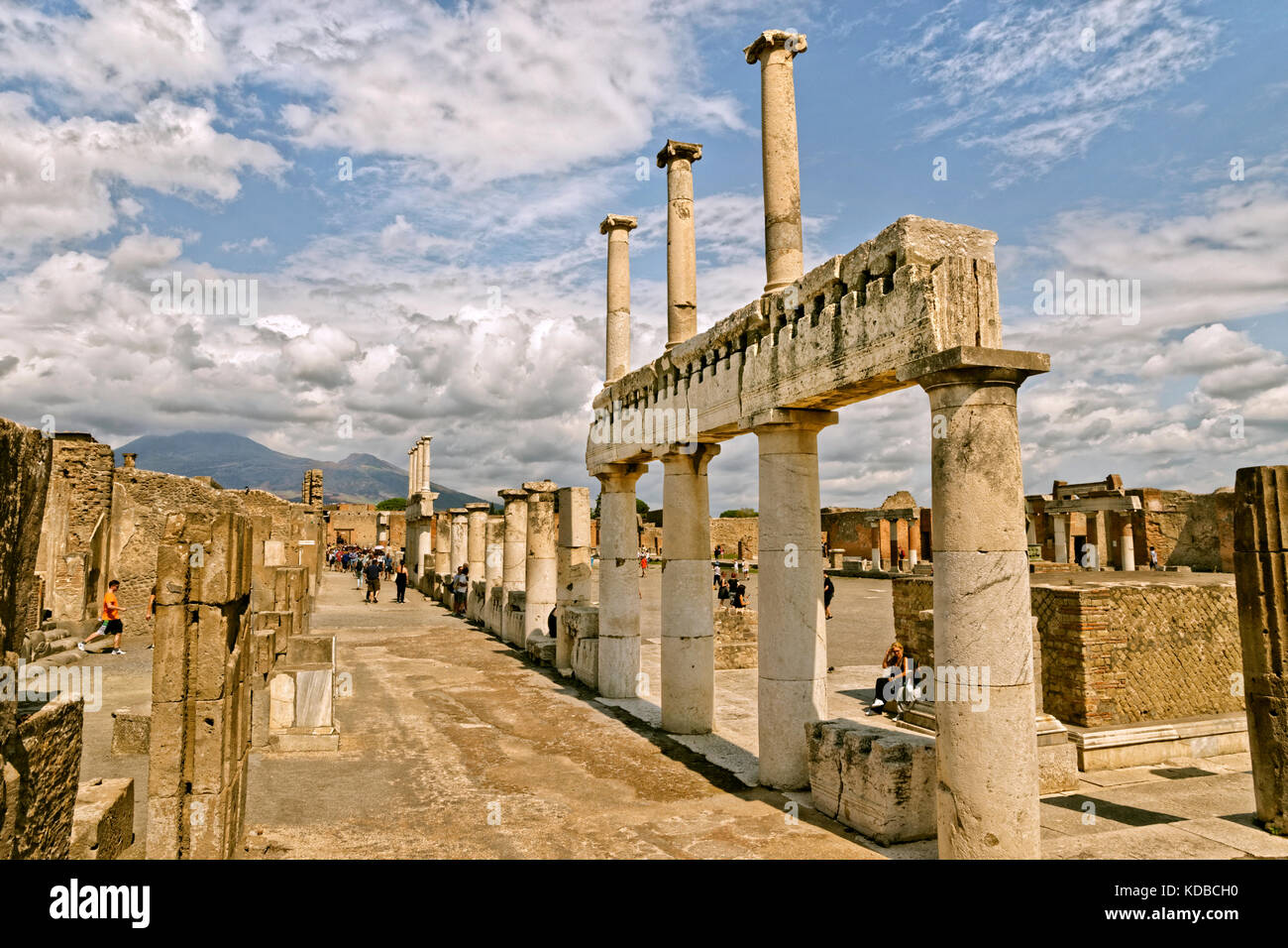 Arcadian way with doric columns at the Forum in the ruined Roman city of Pompeii at Pompei Scavi near Naples, Italy. - Stock Image