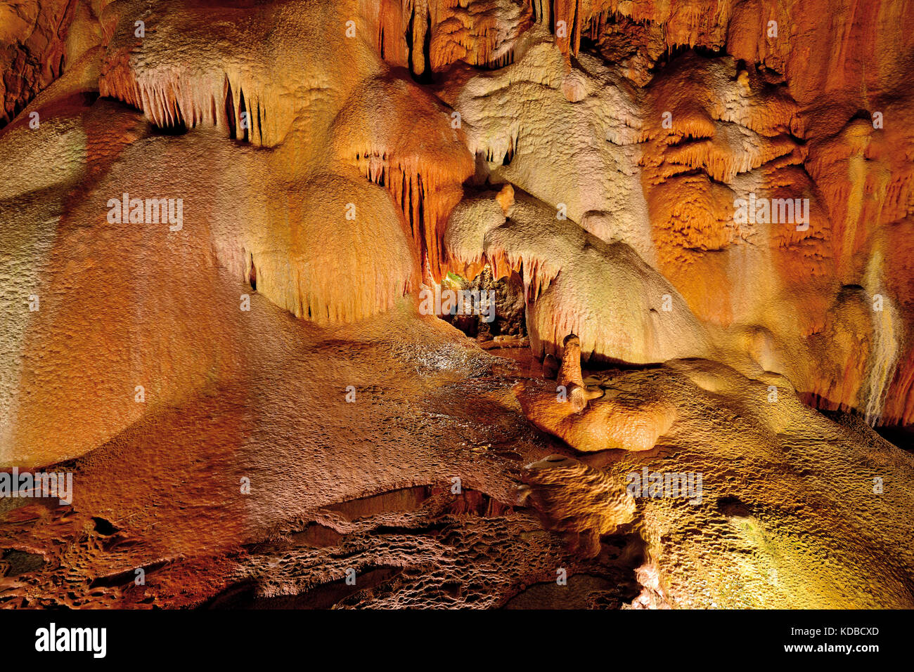 Limestone formations in stalactite cave - Stock Image