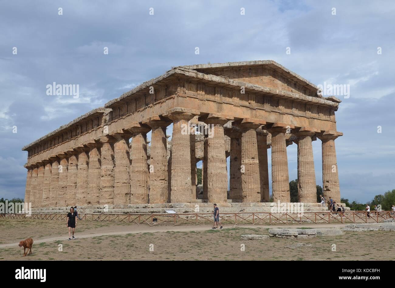 Die griechischen Tempel von Paestum, Kampanien, Italien - Stock Image