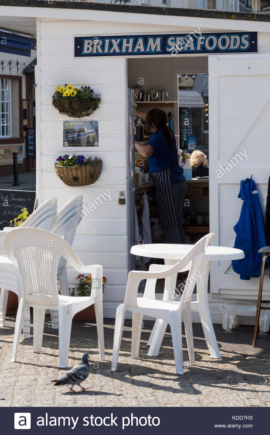 Brixham Seafoods stall / hut, Brixham Harbour, Devon, England - Stock Image
