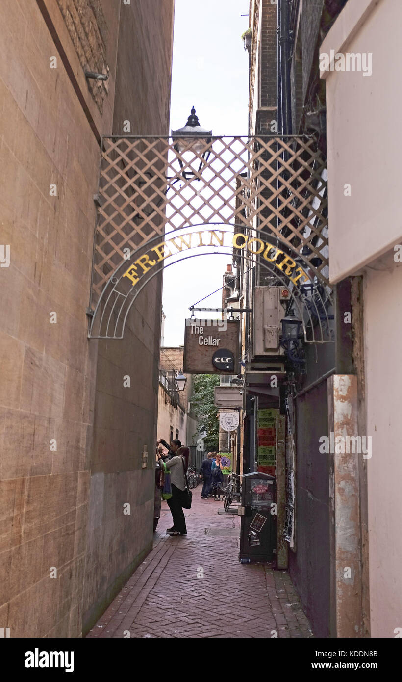 Oxford Oxfordshire UK - Frewin Court passageway in city centre - Stock Image