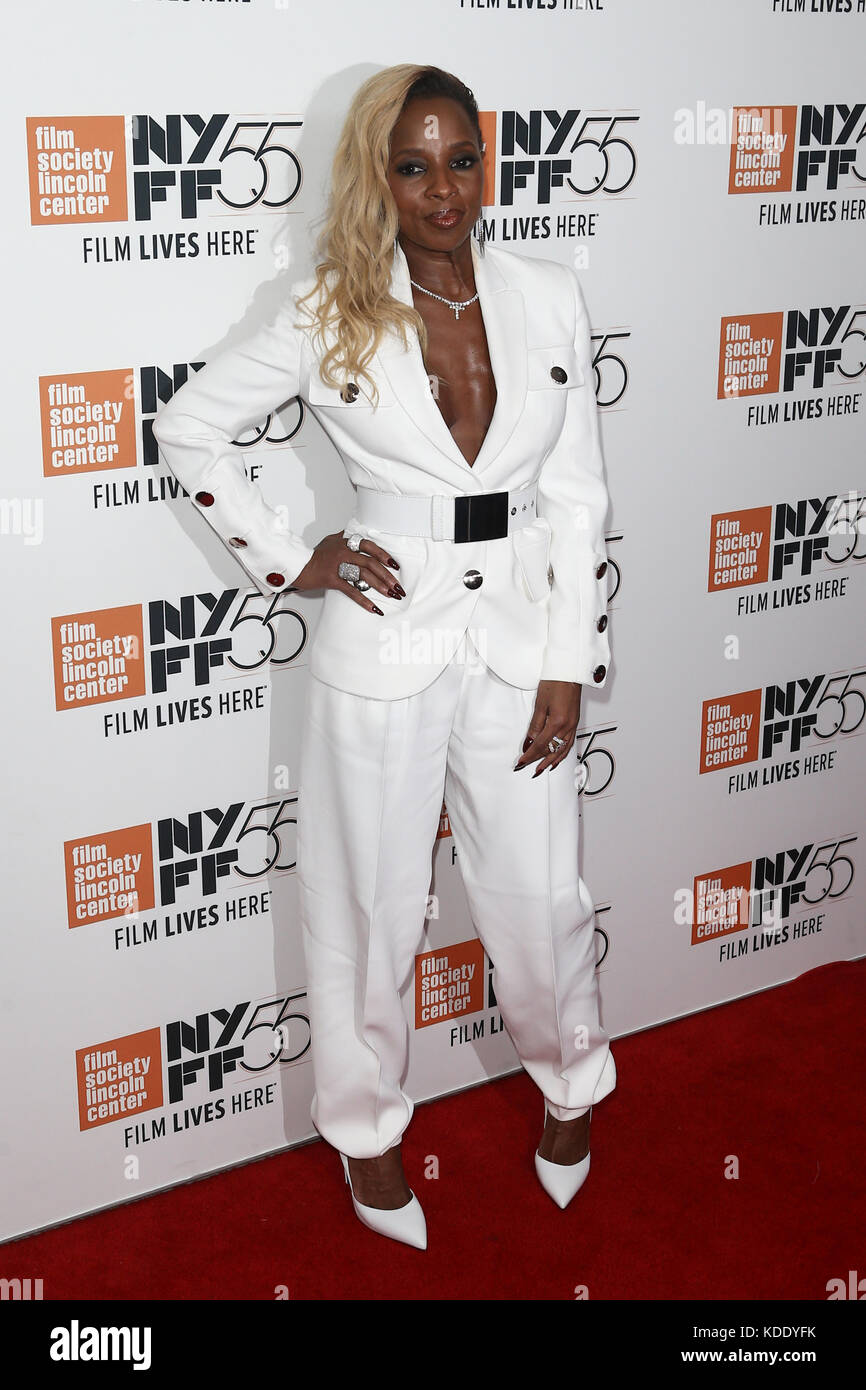Singer Mary J. Blige attends the 'Mudbound' premiere at Alice Tully Hall at Lincoln Center during the 55th - Stock Image