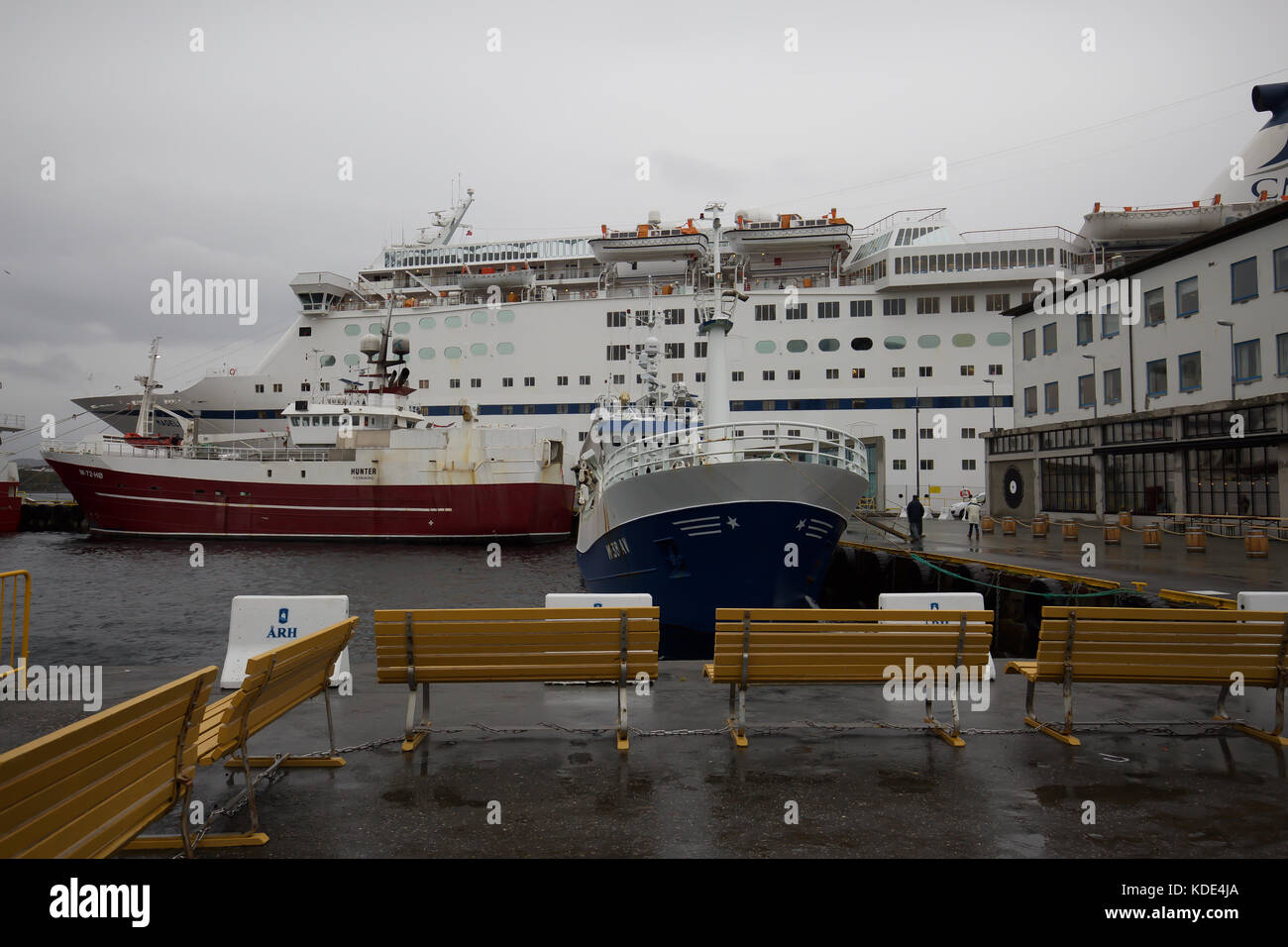 Alesund, Norway. 13th October, 2017. Grey skies over Alesund in Norway. © Keith Larby/Alamy Live News - Stock Image