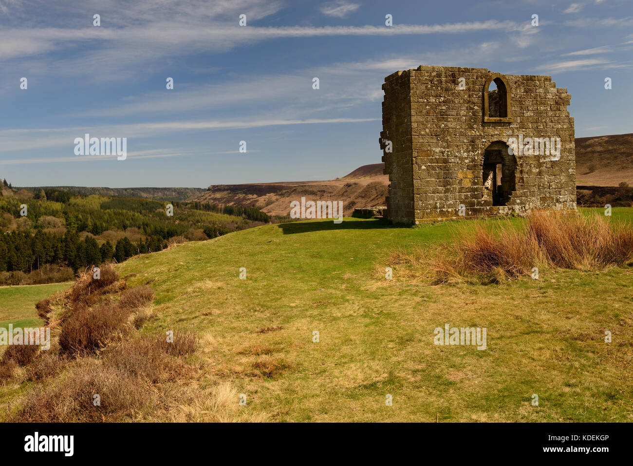Skelton Tower, the romantic ruins of a folly on Levisham Moor, overlooking Newtondale and the North Yorkshire Moors - Stock Image