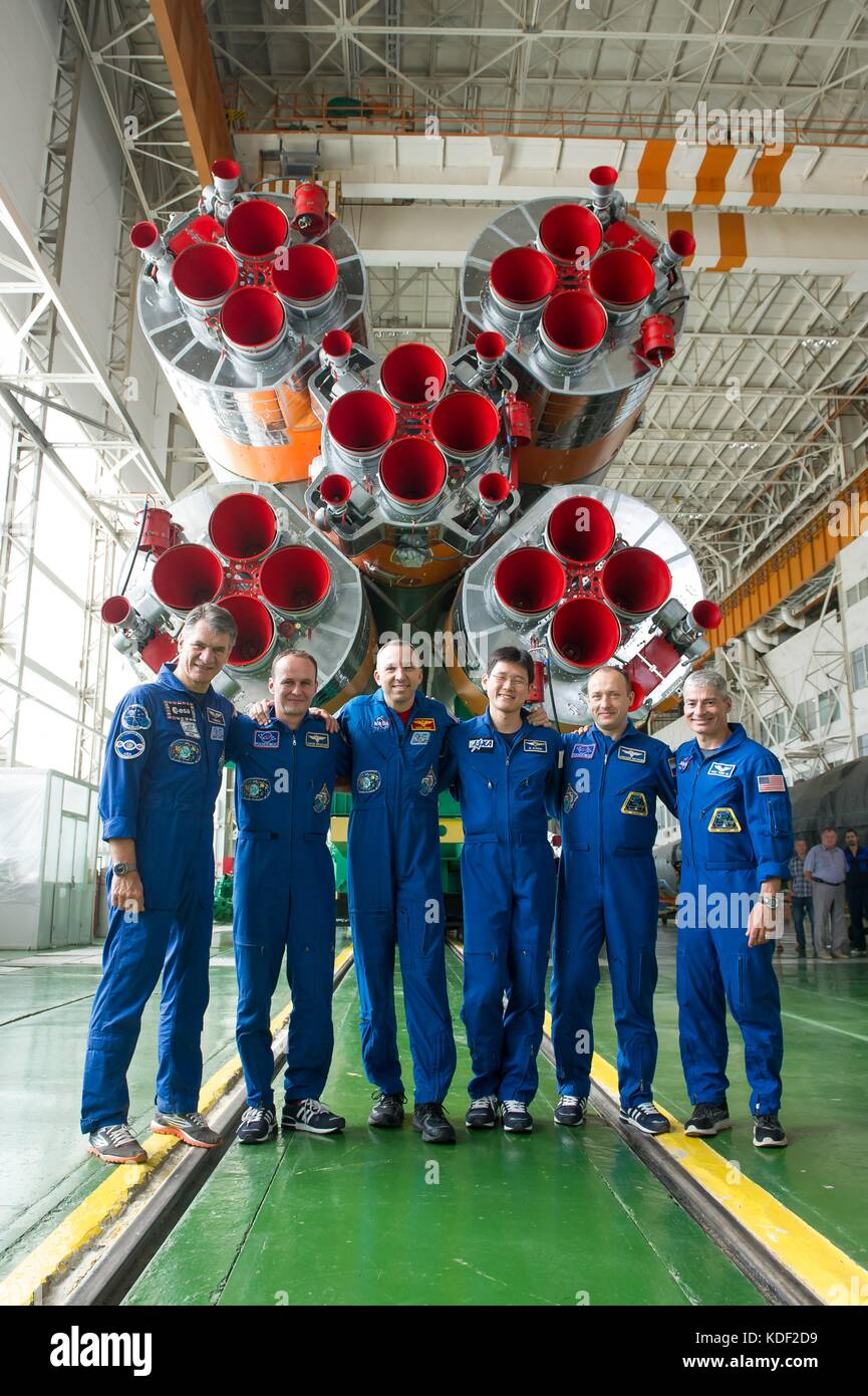 NASA International Space Station Expedition 52 prime and backup crew members (L-R) Italian astronaut Paolo Nespoli - Stock Image