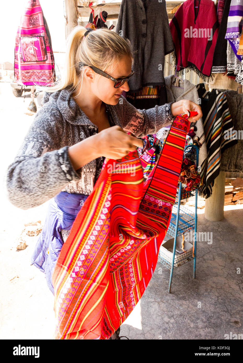 Shopping in Witches' Market, La Paz, Bolivia - Stock Image