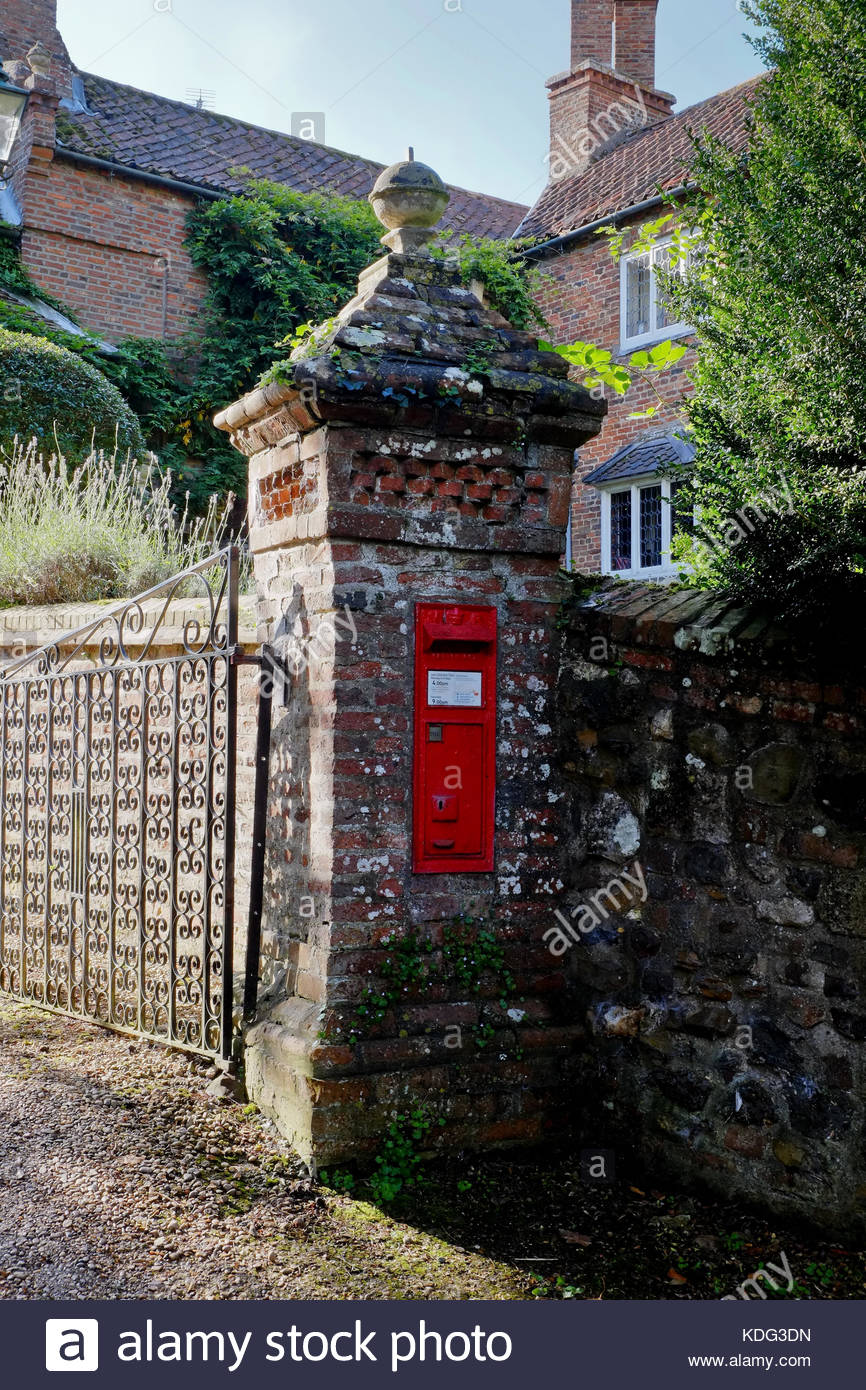 Victorian Letter Box at the Manor gate  Lincolnshire, UK