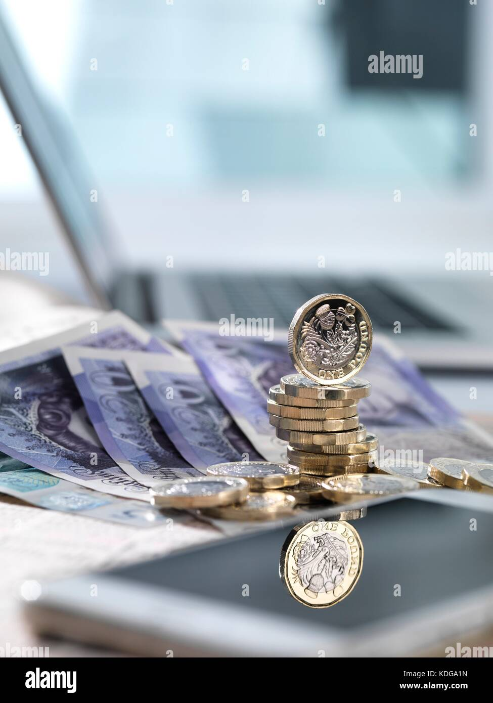 Online investments, conceptual image. - Stock Image