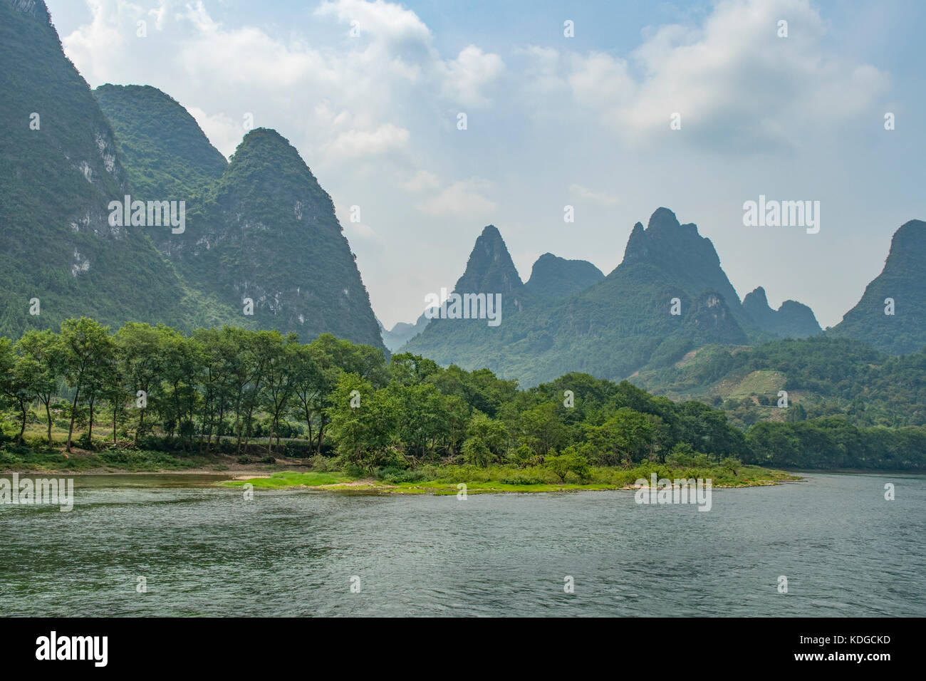 View on Lijiang River, South of Guilin, Guangxi, China - Stock Image