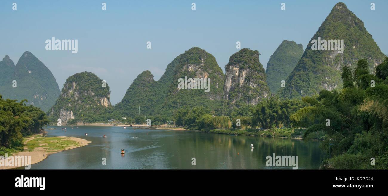 Lijiang River Panorama, Yangshuo, Guangxi, China - Stock Image