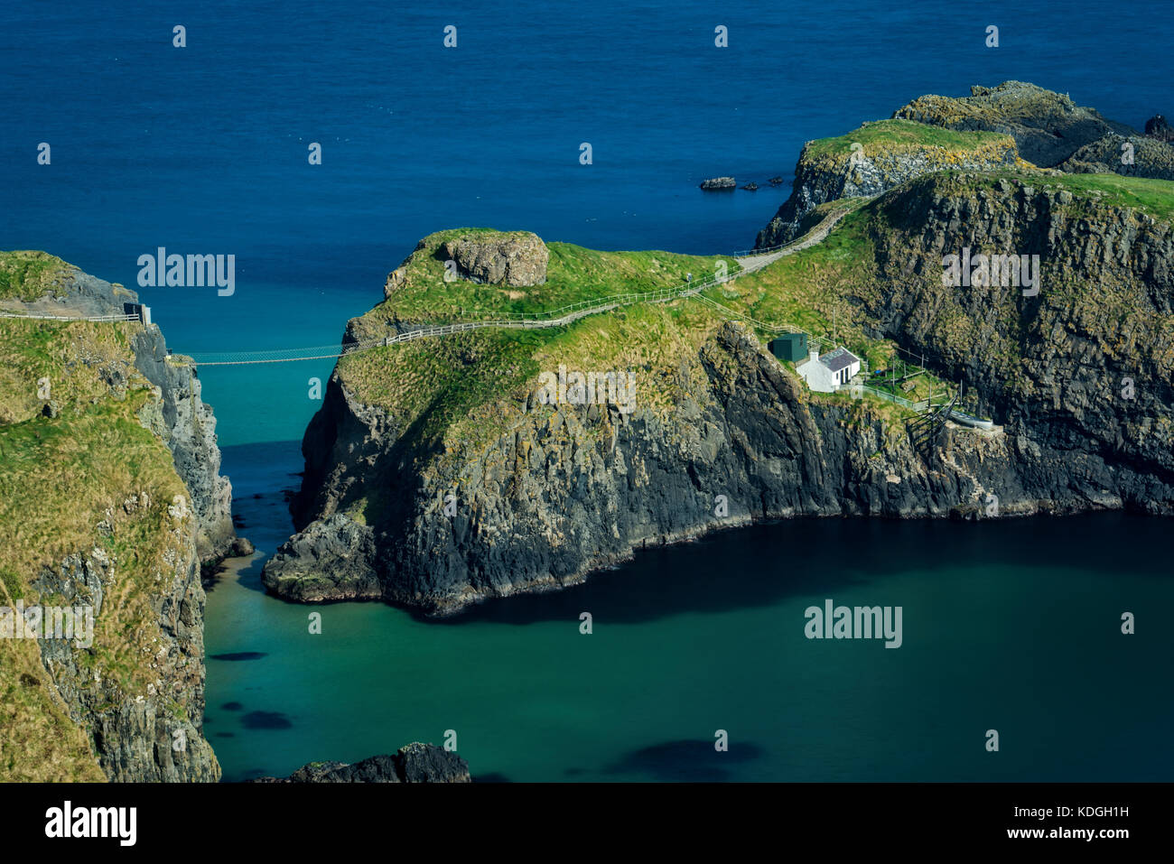 Carrick-a-Rede Island and bridge from Portaneevey Viewpoint. Northern Ireland - Stock Image