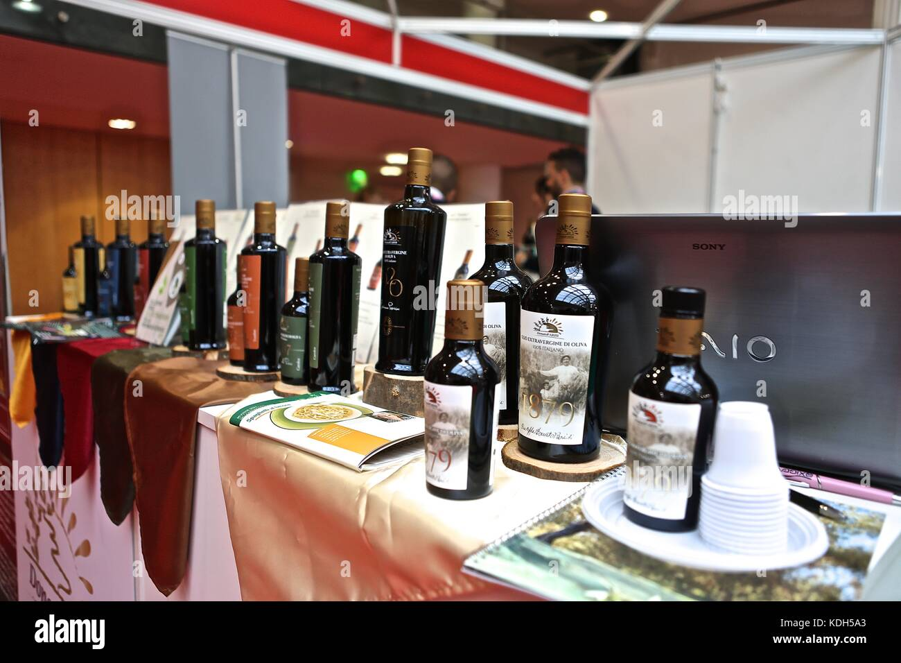 Welcome Italia  2017 Italian chamber of commerce in the UK . Italian foods wines olive oils and coffees also herbs - Stock Image