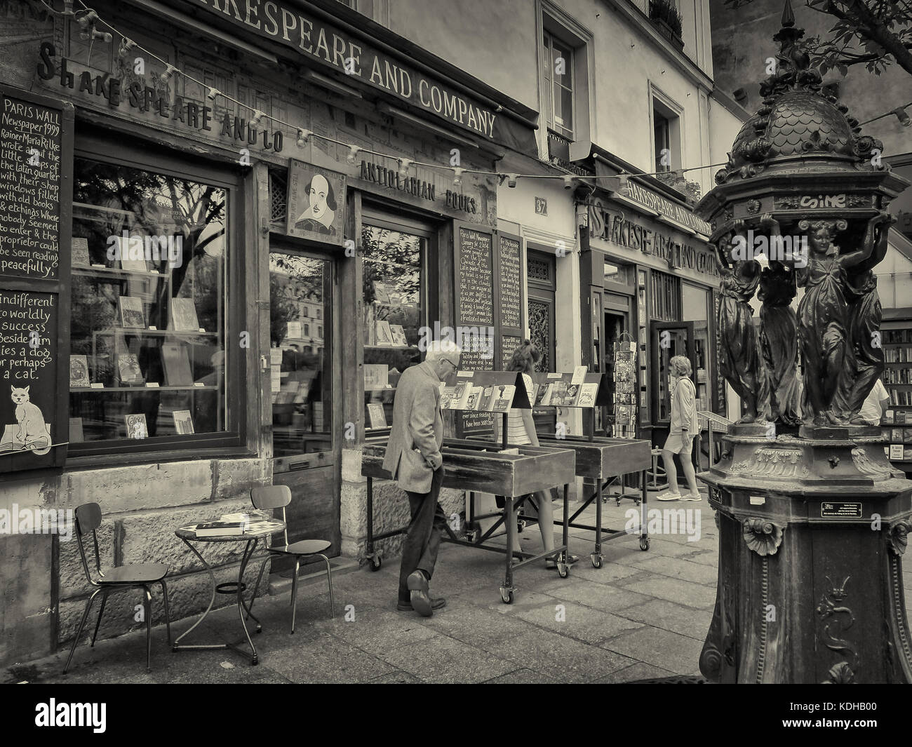 Shakespeare and Company is the name of two independent English-language bookstores that have existed on Paris's - Stock Image