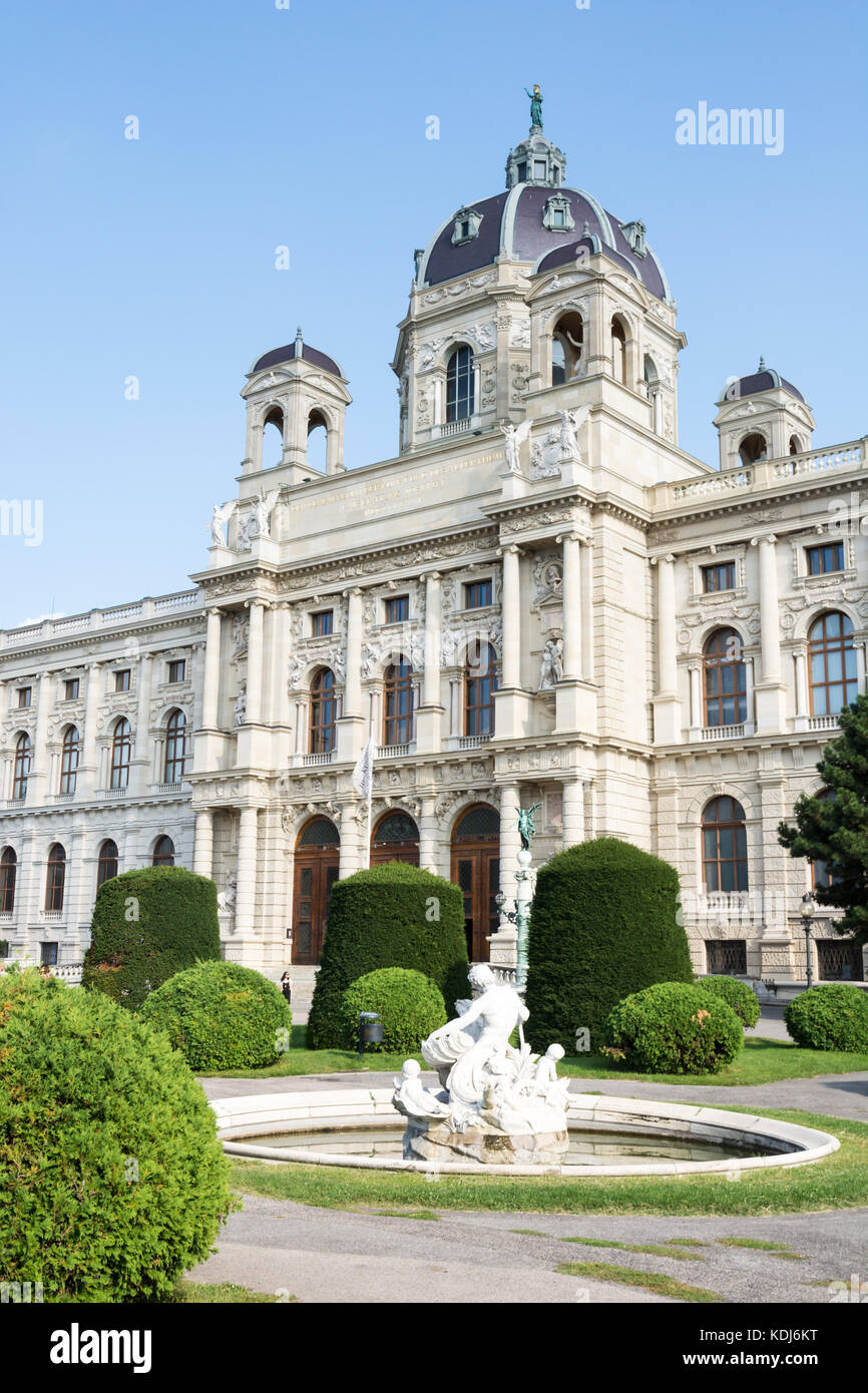 VIENNA, AUSTRIA - AUGUST 28: Tourists at the natural history museum at the Maria-Theresien-Platz square in Vienna, - Stock Image