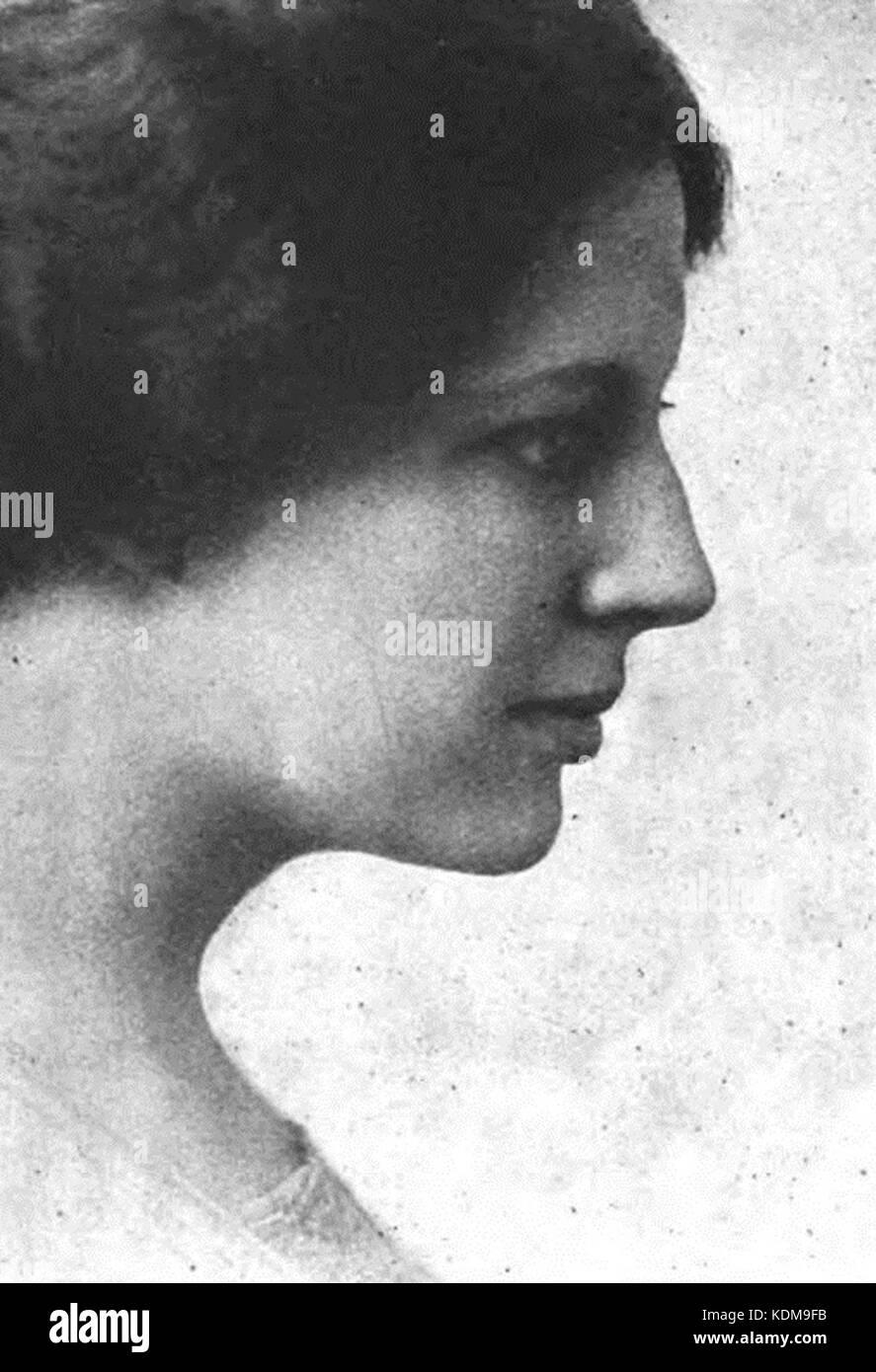 Muriel Starr