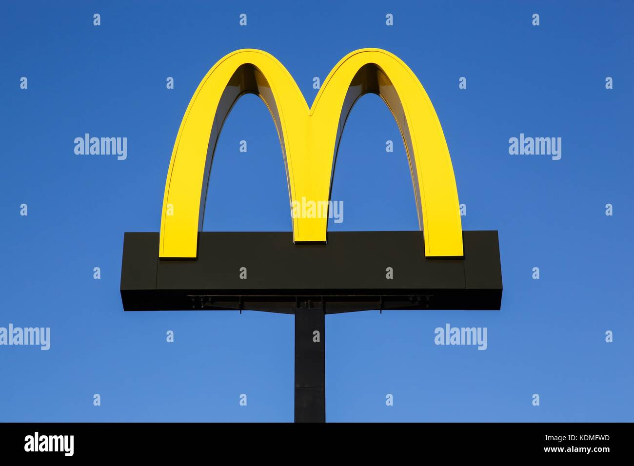 Mcdonalds Logo Board Stock Photos Mcdonalds Logo Board Stock