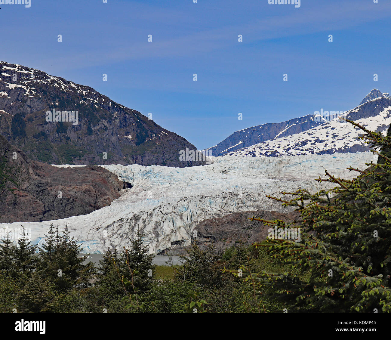 """Mendenhall glacier is also called Sitaantaggo or """"the Glacier behind the town"""" Stock Photo"""