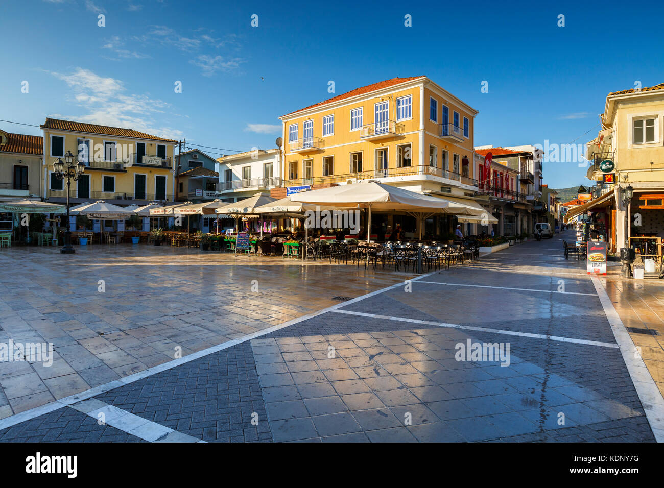 Coffee shops and restaurants in the main square of Lefkada town, Greece. Stock Photo