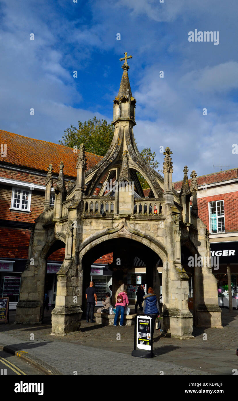 Poultry Cross in Salisbury city centre, shopping streets - Stock Image