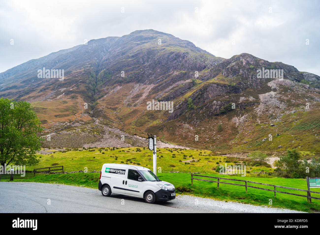 405ed04559 A 2015 Vauxhall Combo rental van from Enterprise Rent a Car parked at  Clachaig Inn in