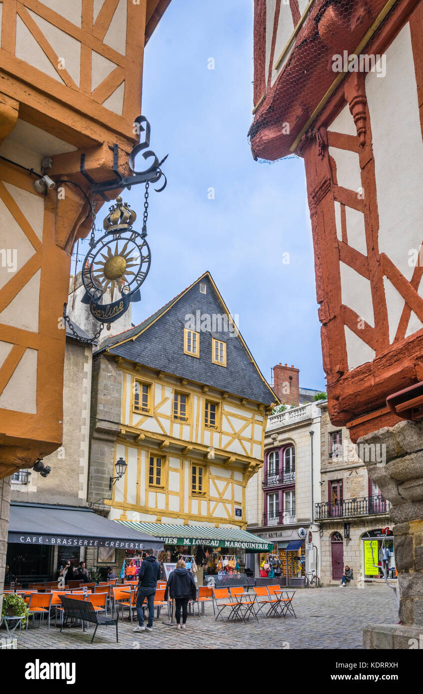 France, Brittany, Morbihan, Vannes, medieval timber-framed old town houses at Place Henri IV - Stock Image