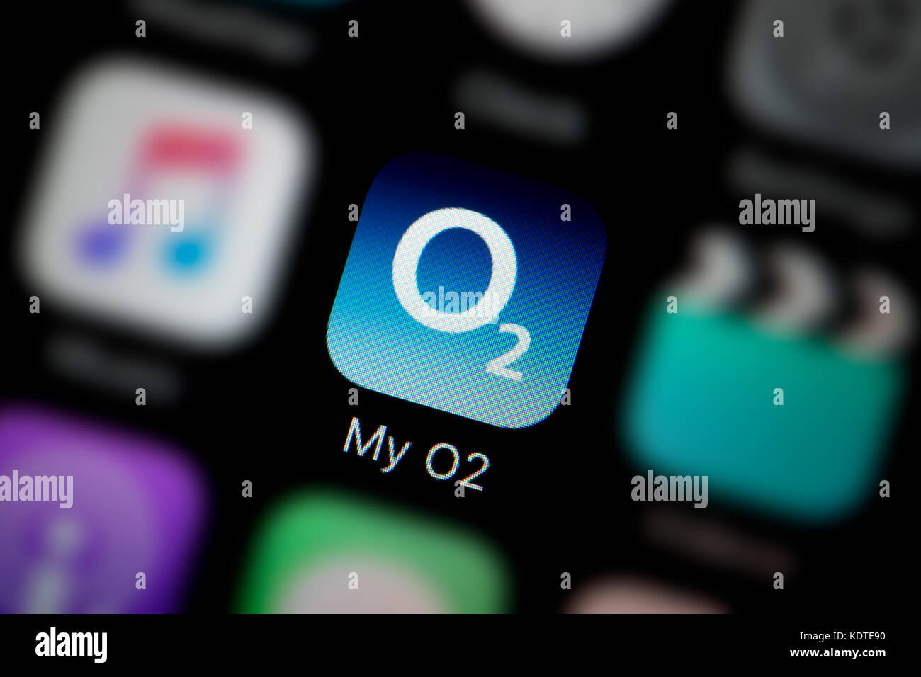 A close-up shot of the logo representing the My O2 app icon, as seen on the screen of a smart phone (Editorial use - Stock Image