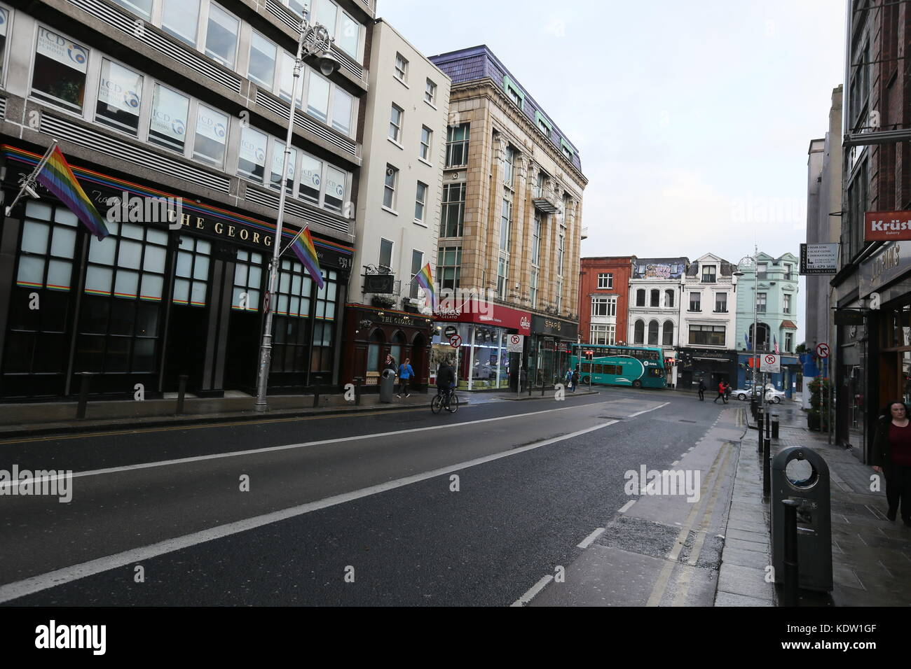 Dublin, Ireland. 16th Oct, 2017. A view of a quiet George's Street in Dublin city centre during the build up - Stock Image