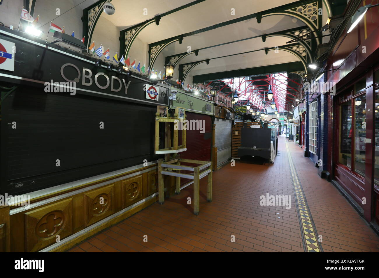 Dublin, Ireland. 16th Oct, 2017. The George's Street Arcade shown empty prior to the arrival of Storm Ophelia. - Stock Image
