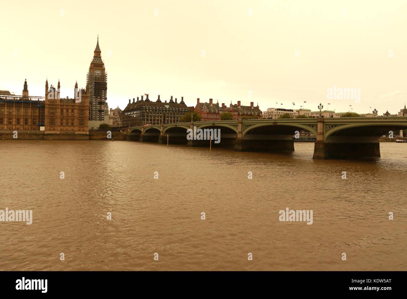 Ophelia S Shroud: Scaffolding Big Ben Stock Photos & Scaffolding Big Ben