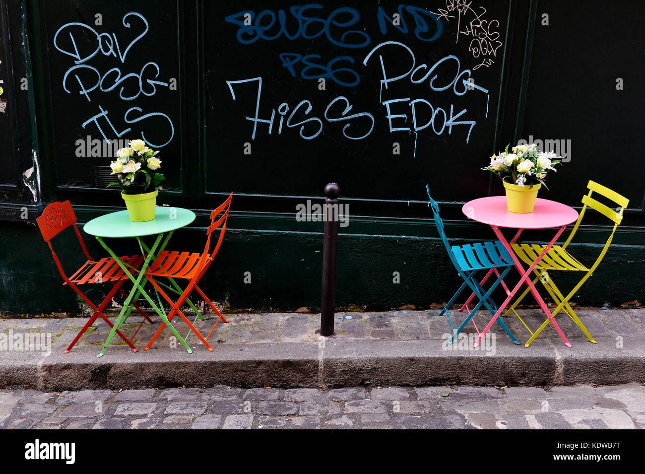 Bistrot terrace in Montmartre - Paris - France - Stock Image