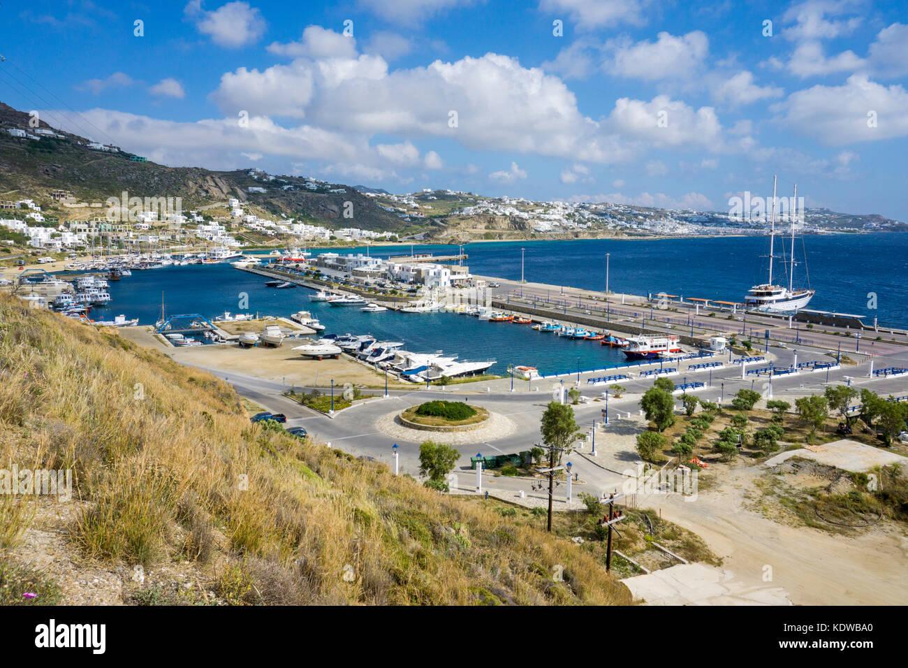 Blick auf den neuen Hafen von Mykonos, Kykladen, Aegaeis, Griechenland, Mittelmeer, Europa   View over the new harbour - Stock Image