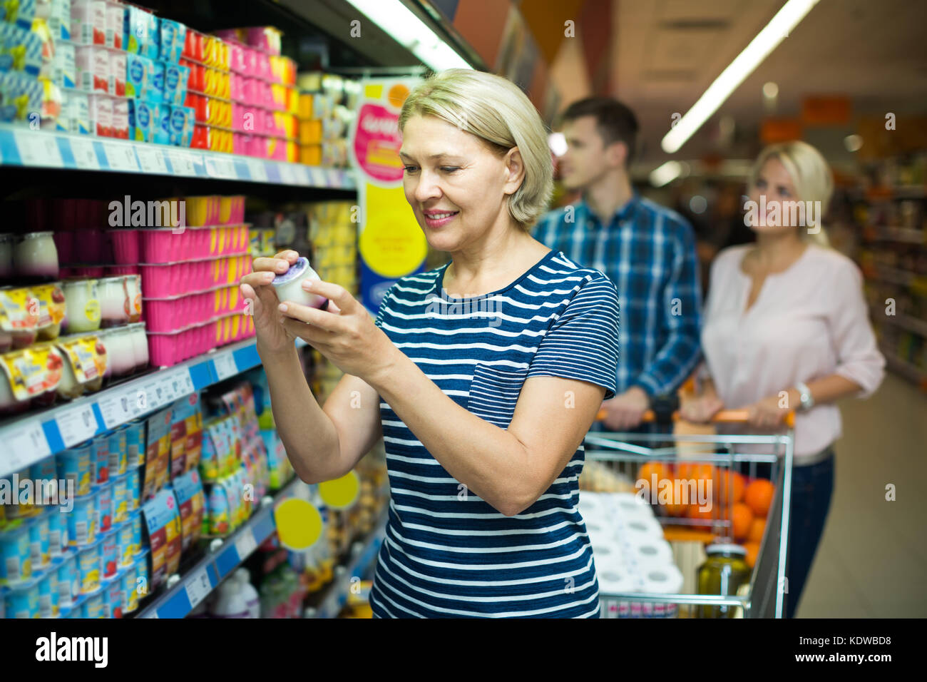Dairy Section Stock Photos & Dairy Section Stock Images - Alamy
