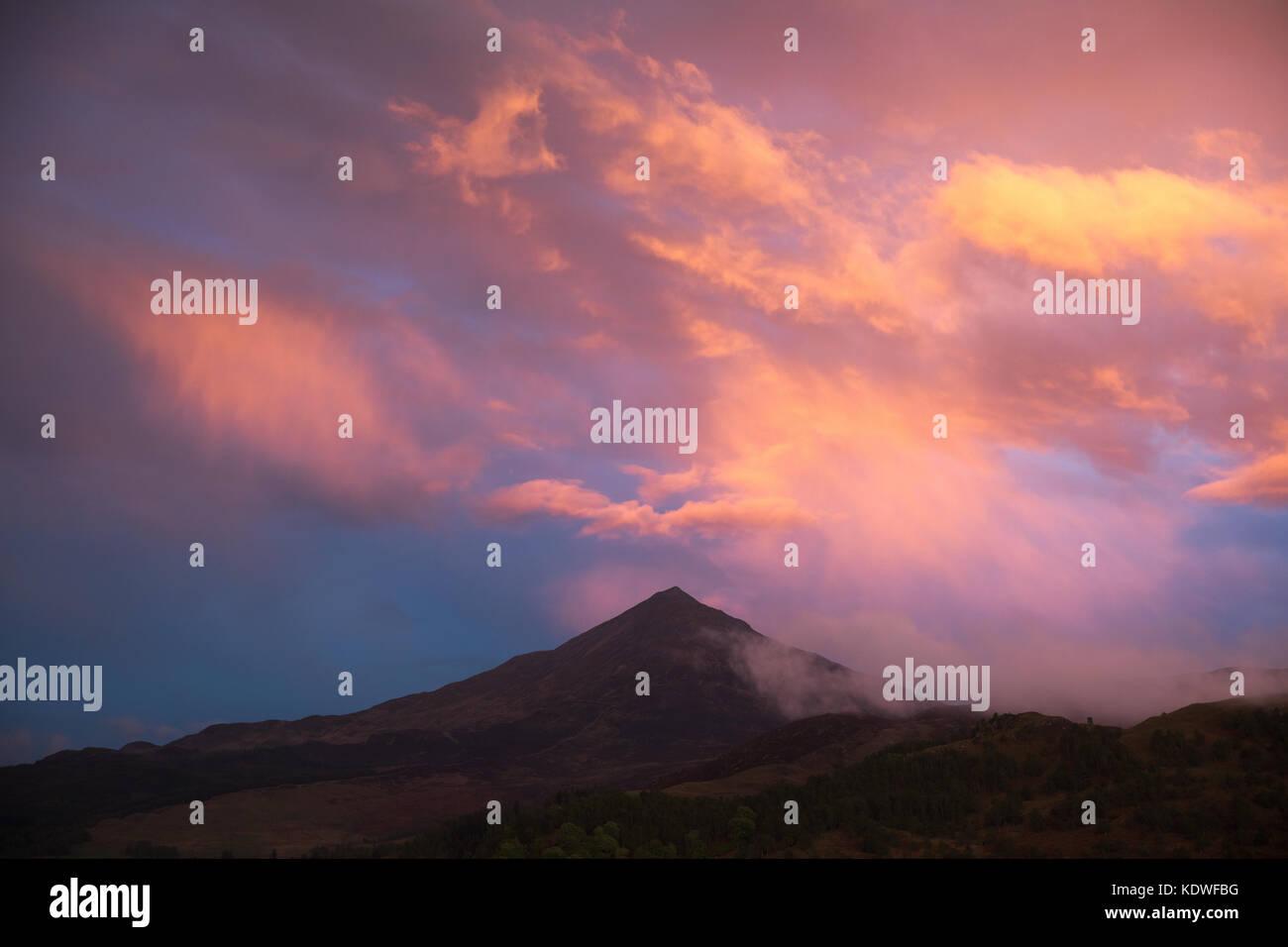 Twilight over Schiehallion, Loch Rannoch, Perthshire, Scotland, UK - Stock Image