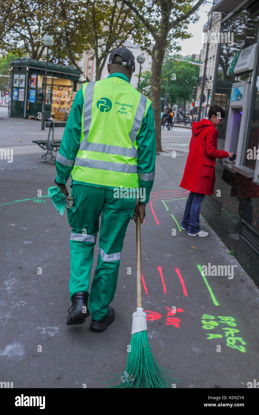 An employee of Paris city Cleaning services, Paris, France Stock Photo