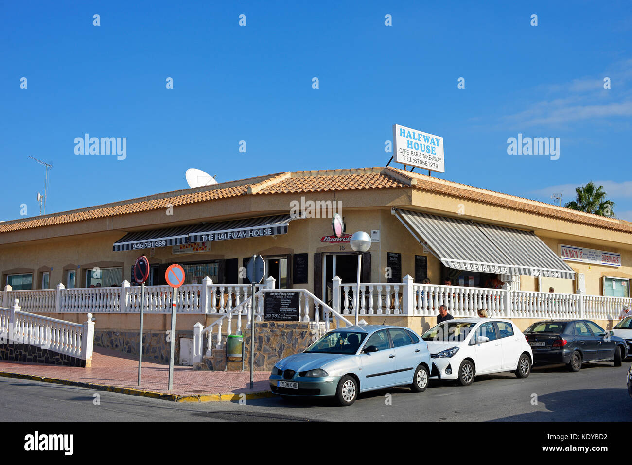 Halfway House restaurant cafe bar and take away in Ciudad Quesada, Rojales, Spain. - Stock Image