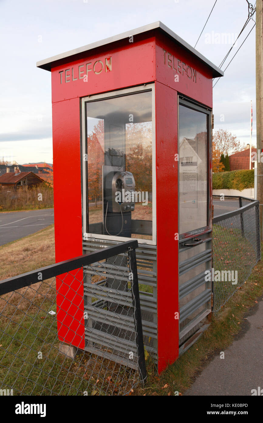A Norwegian public telephone box, one of 100 protected for their cultural importance - Stock Image