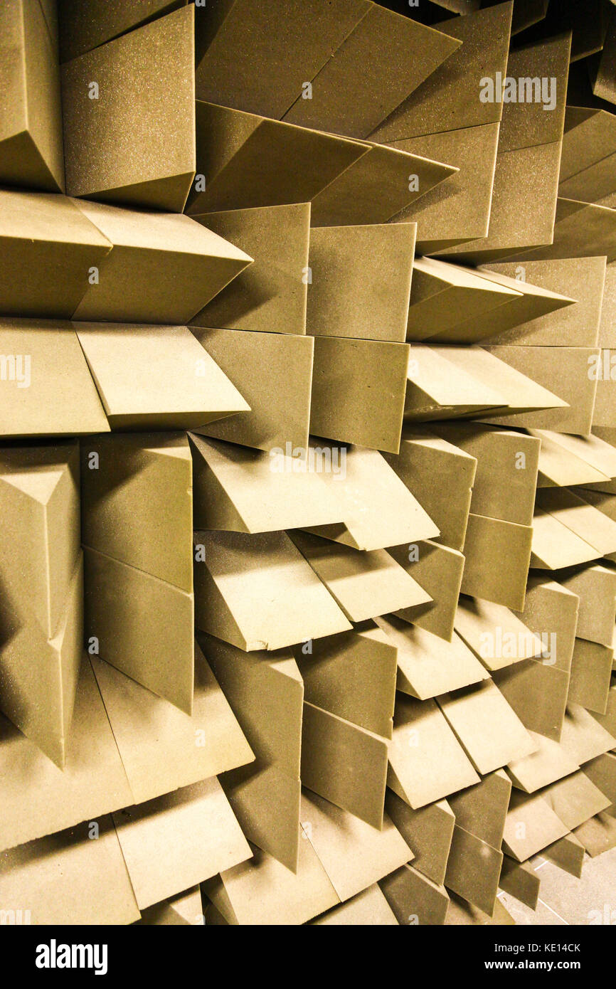 Soundproof Wall Stock Photos & Soundproof Wall Stock Images - Alamy
