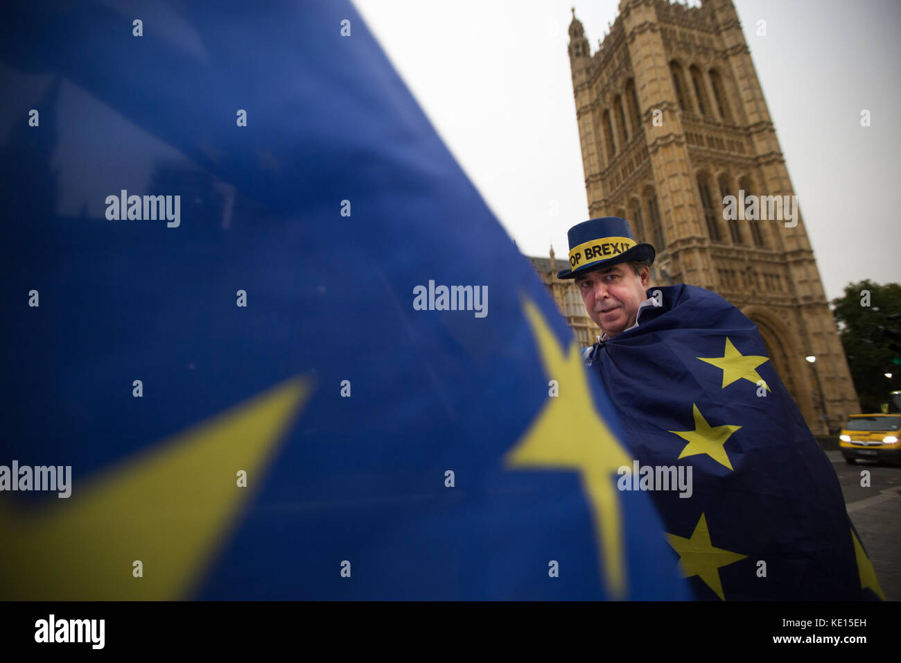 Anti-Brexit vigil outside the Houses of Parliament, London, England, United Kingdom - Stock Image