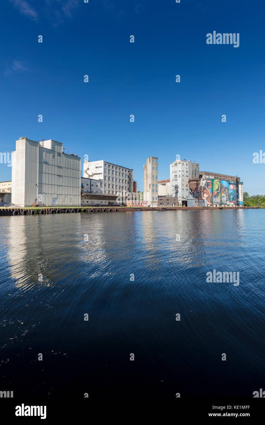 Buidlings and grain elevator at the harbour on Georgian Bay at Midland, Ontario, Canada - Stock Image